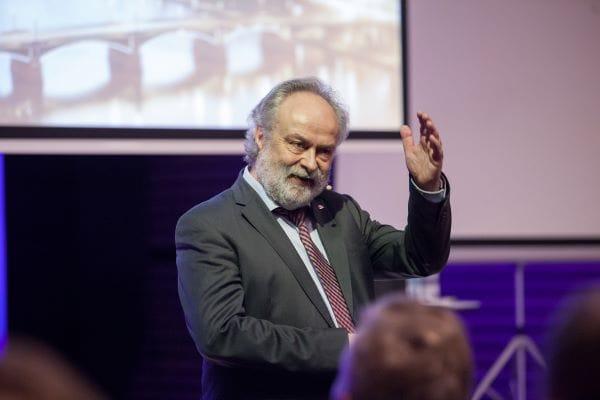 Michael Günther: Drei Jahrzehnte Uponor